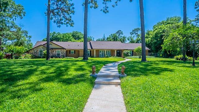 Photo 1 of 41 - 1230 Roxboro Rd, Longwood, FL 32750