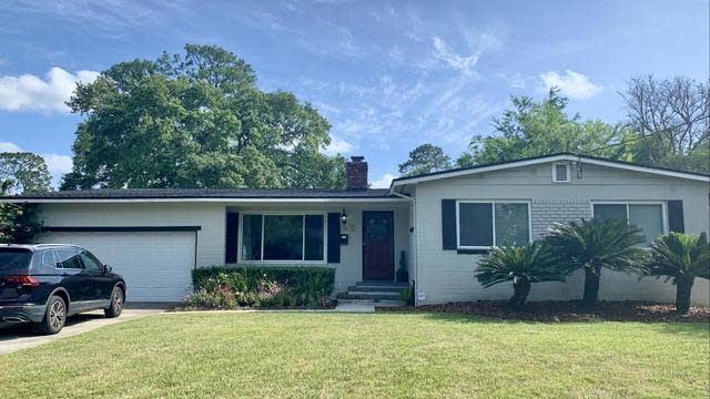 Photo 1 of 7 - 3672 Ponce De Leon Ave, Jacksonville, FL 32217