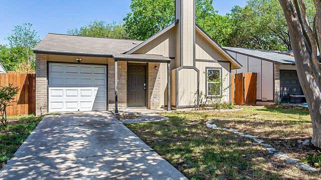 Photo 1 of 15 - 5563 Rangeland, San Antonio, TX 78247