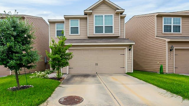 Photo 1 of 31 - 2018 Sweet Lilac Dr, Houston, TX 77090