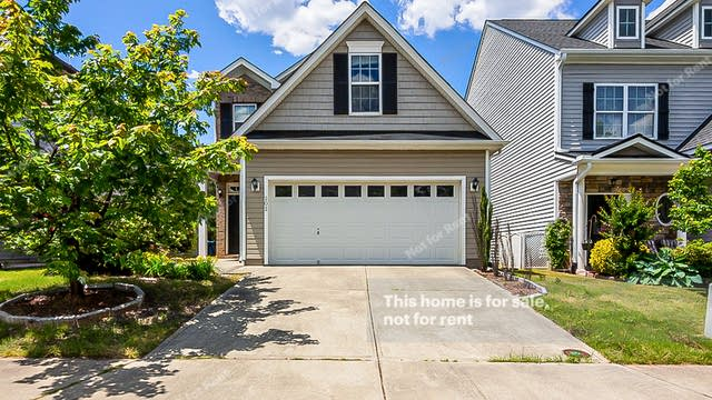 Photo 1 of 23 - 202 Mainline Station Dr, Morrisville, NC 27560