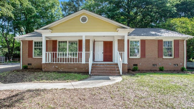 Photo 1 of 24 - 7209 Starvalley Dr, Charlotte, NC 28210