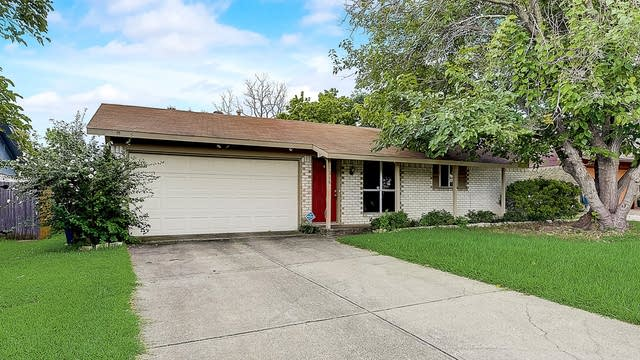 Photo 1 of 37 - 1318 Marblehead Dr, Lewisville, TX 75067