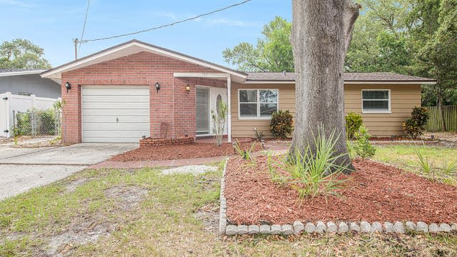 Photo 1 of 15 - 705 Canterbury Rd, Clearwater, FL 33764