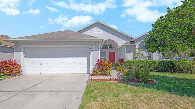 Photo 1 of 18 - 9519 Hamlet Ln, Tampa, FL 33635