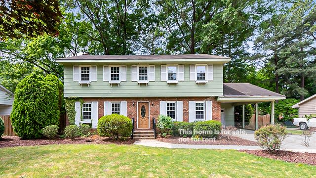 Photo 1 of 24 - 220 Briarcliff Ln, Cary, NC 27511