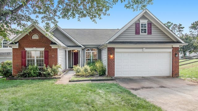 Photo 1 of 19 - 14205 Lithgow Pl, Huntersville, NC 28078