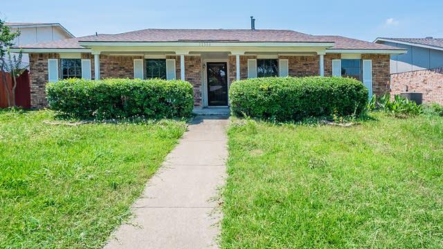 Photo 1 of 30 - 10306 Portrush Dr, Dallas, TX 75243