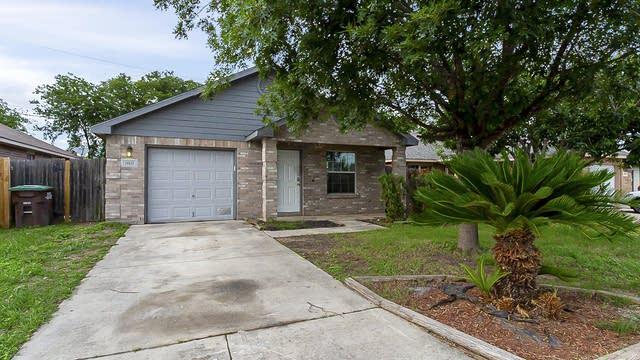 Photo 1 of 19 - 10611 Shaenpath, San Antonio, TX 78254
