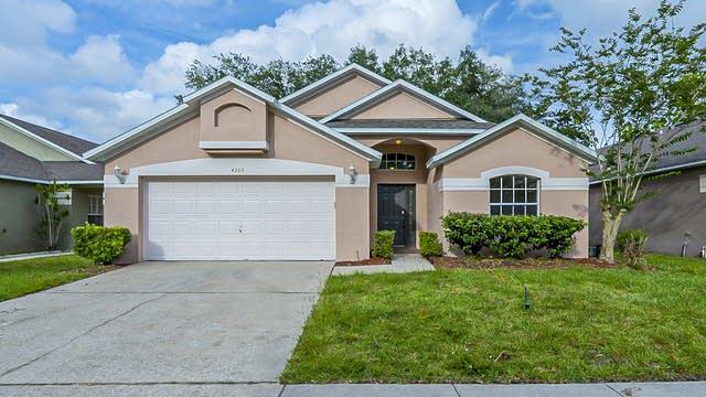 Photo 1 of 28 - 4205 Boca Woods Dr, Orlando, FL 32826