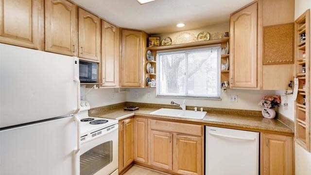 Photo 1 of 29 - 7755 E Quincy Ave Unit T29, Denver, CO 80237