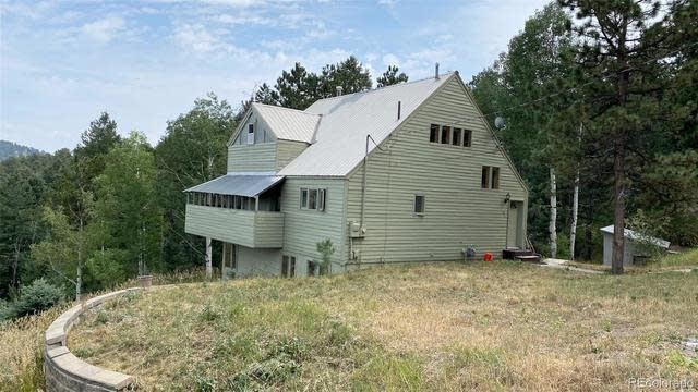 Photo 1 of 32 - 84 Spruce Rd, Golden, CO 80401