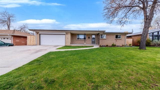 Photo 1 of 37 - 760 W 1st Ave, Broomfield, CO 80020
