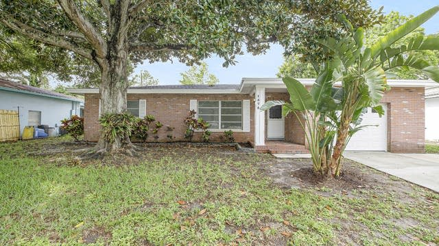 Photo 1 of 15 - 1575 Tuscola Rd, Clearwater, FL 33756