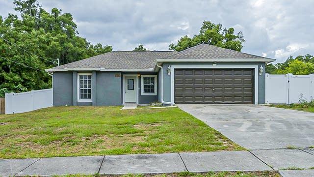 Photo 1 of 27 - 594 E 1st St, Apopka, FL 32703