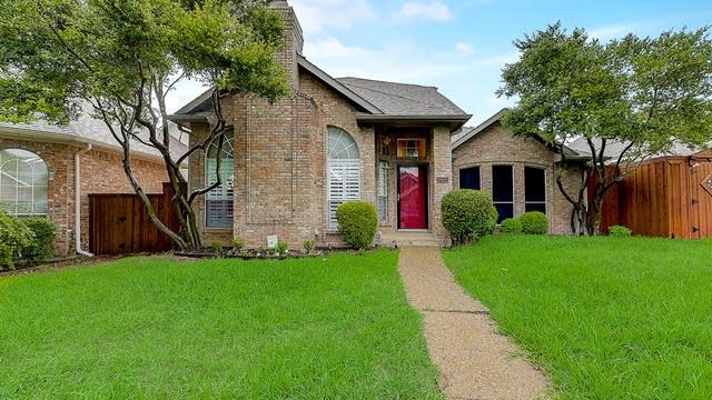Photo 1 of 44 - 18931 Westwood Pl, Dallas, TX 75287