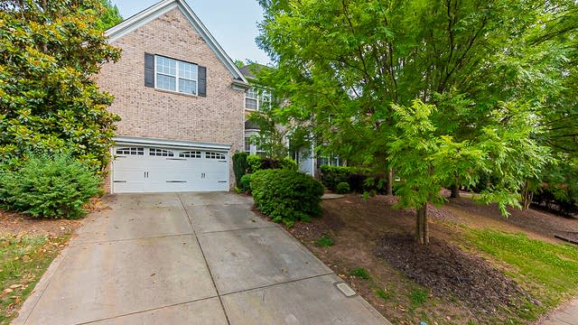 Photo 1 of 24 - 16612 Turtle Point Rd, Charlotte, NC 28278