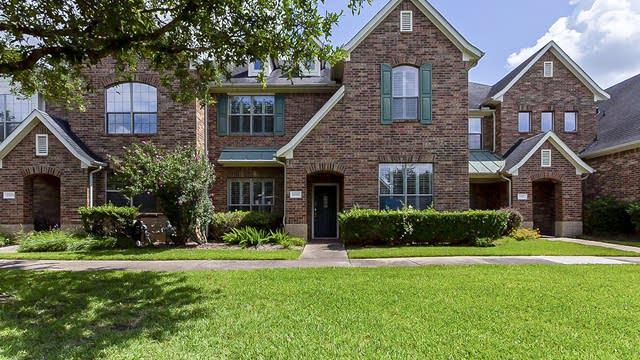 Photo 1 of 27 - 17911 Skyline Arbor Ter, Houston, TX 77094