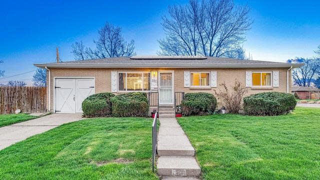 Photo 1 of 34 - 6487 Independence Way, Arvada, CO 80004