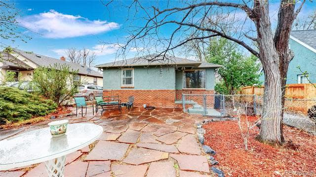 Photo 1 of 40 - 1530 Routt St, Lakewood, CO 80215