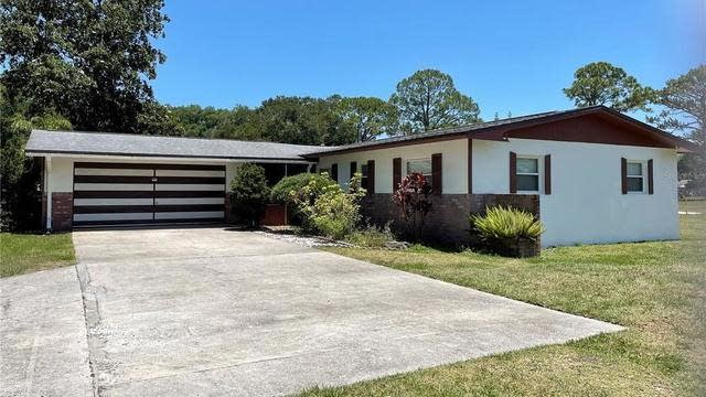 Photo 1 of 25 - 4127 Sterling St, Mims, FL 32754