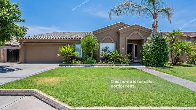 Photo 1 of 42 - 10621 E Coralbell Ave, Mesa, AZ 85208