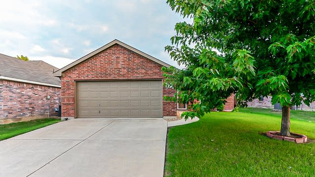 Photo 1 of 20 - 2061 Graham Ranch Rd, Fort Worth, TX 76134