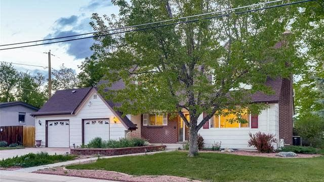 Photo 1 of 30 - 11941 W 60th Ave, Arvada, CO 80004
