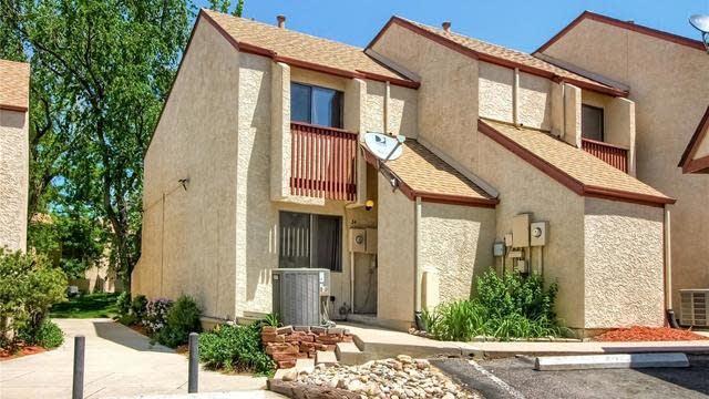 Photo 1 of 25 - 1060 S Parker Rd #34, Denver, CO 80231
