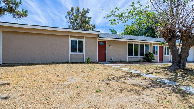 Photo 1 of 26 - 5641 Surrey Ln, San Bernardino, CA 92407