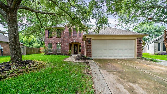 Photo 1 of 43 - 3603 Oak Hollow Dr N, Pearland, TX 77581