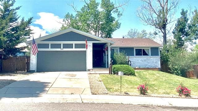 Photo 1 of 22 - 3015 S Biscay St, Aurora, CO 80013